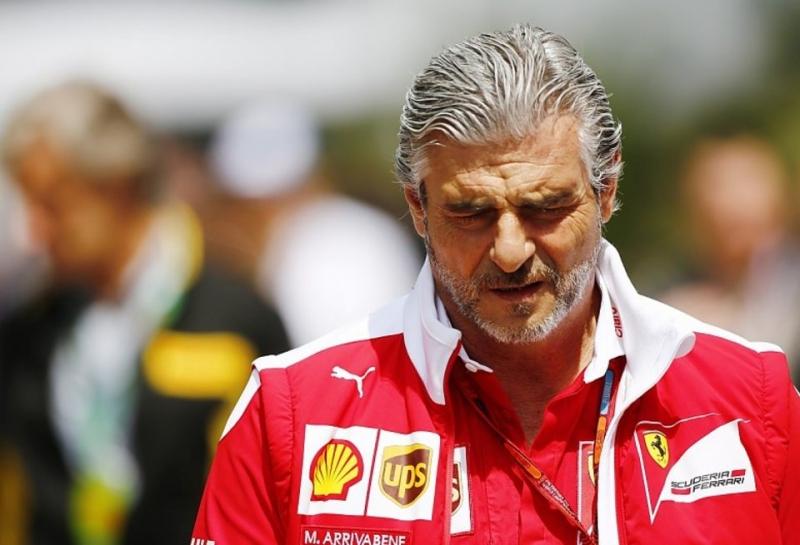 Президент Ferrari опроверг слухи о недовольстве работой Маурицио Арривабене