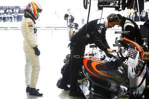 Гэри Андерсон о противостоянии технических групп McLaren и RBR