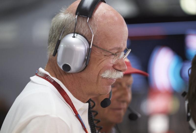 Дитер Цетше: Mercedes снова вписала свое имя в историю