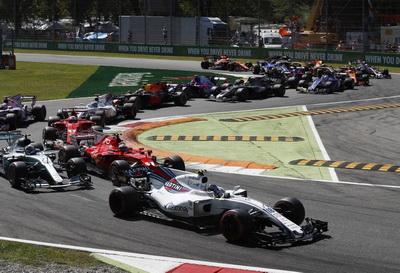 FIA сократила количество двигателей на сезон-2018 до трех