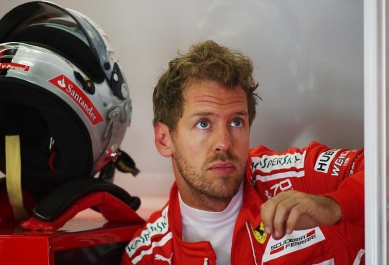 Себастьяну Феттелю сменили двигатель перед квалификацией