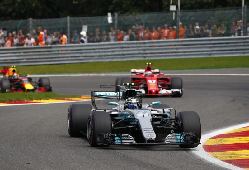 Кристиан Хорнер: Mercedes и Ferrari могут продолжить свое доминирование в Ф1 до конца 2020 года