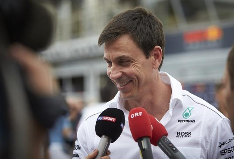 Тото Вольф: Макса Ферстаппена не будет в Mercedes в 2018-м, но мы следим за его успехами