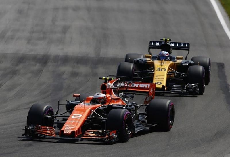 AUTOSPORT: McLaren подписала трехлетний контракт с Renault