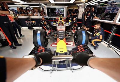 RBR проехала наименьшее количество кругов по итогам восьми Гран При 2017 года