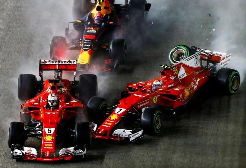 Ferrari впервые в истории сошла двумя машинами на первом круге