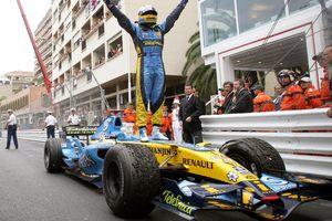 Успех Боттаса может вынудить Алонсо задуматься о Renault