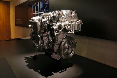 Mazda сделала «бензиновый мотор будущего»