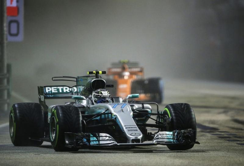 Тото Вольф: Возможно, в чемпионскую битву включится и McLaren-Renault