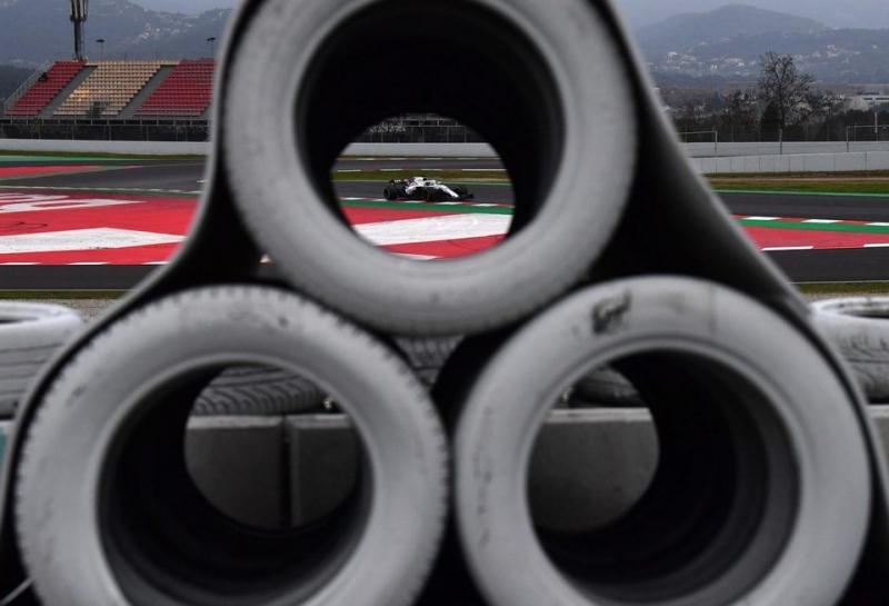 Новость о введении F1 TV сбила цены Sky на трансляции Ф1 вдвое