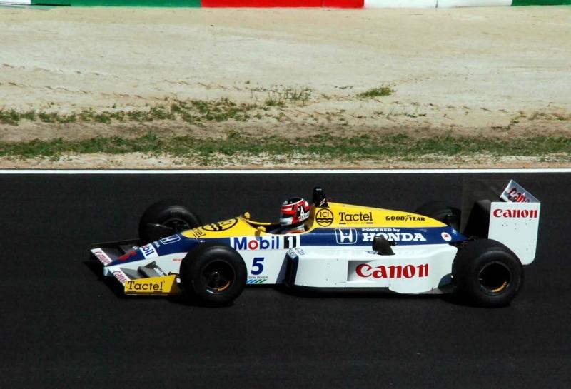 В Williams не исключили возможности перехода на двигатели Honda