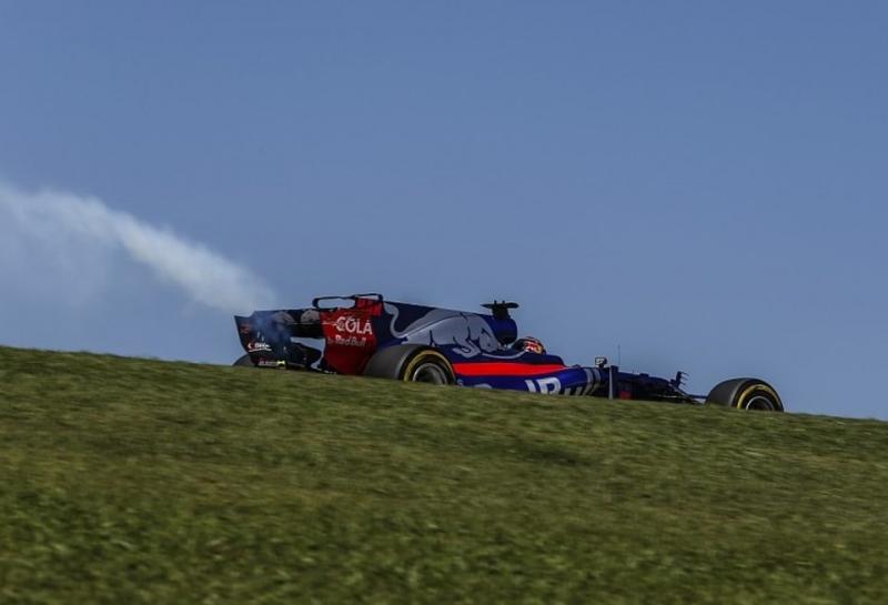 Renault: Череда отказов моторов на машинах Toro Rosso не случайна