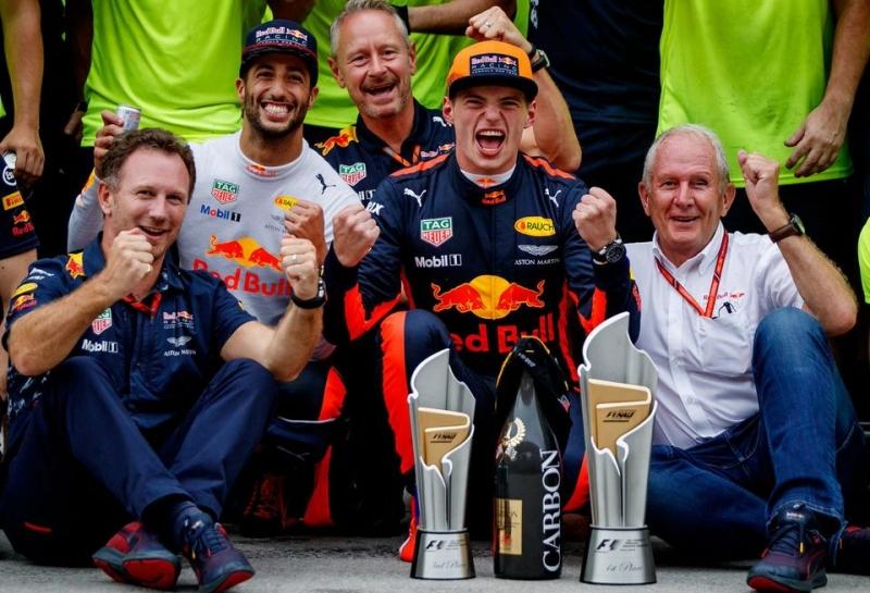 Официально: Макс Ферстаппен продлил контракт с Red Bull Racing до конца 2020 года