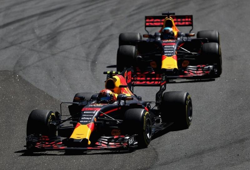 Кристиан Хорнер: По ходу всей гонки мы волновались за надежность двигателей