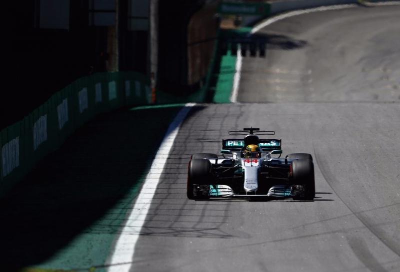 Льюис Хэмилтон признан «Гонщиком дня» на Гран При Бразилии
