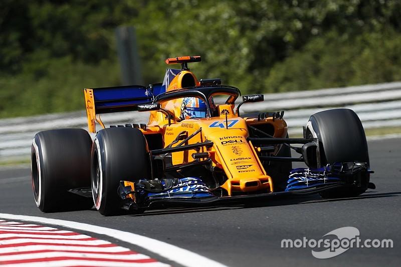 Резервний гонщик McLaren Ландо Норріс заявив, що можливо дебютує у Формулі 1 з іншою командою.
