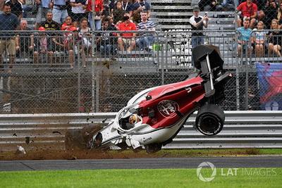 FIA обговорить проблему DRS після проблем на боліді Sauber