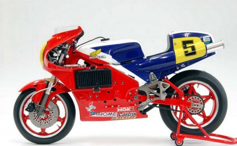 Необычные двигатели: Двигатель мотоцикла Honda NR500