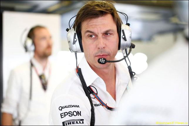 Тото Вольфф: В Mercedes не ищут виноватых