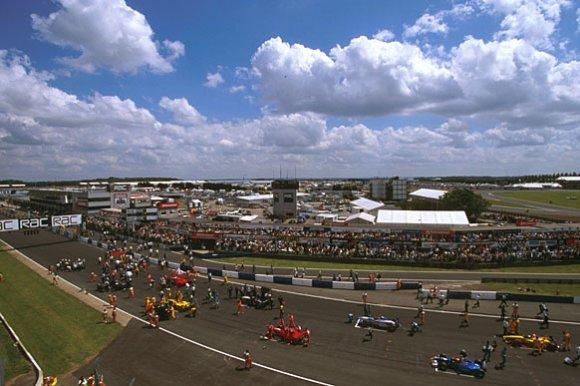 Дитер Ренкен: 250 Гран При за спиной