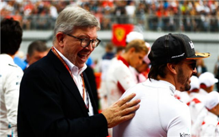 Браун: Феттеля дуже пригнічує ситуація з Ferrari
