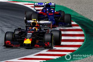 Офіційно: Албон замінить Гаслі у Red Bull після літньої перерви