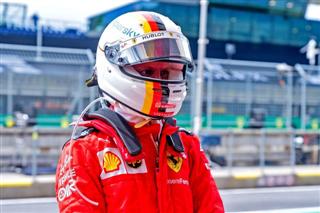 Екс-пілот DTM: У Ferrari по-хамськи повелися з Феттелем