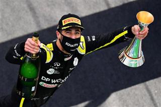 Шеф Renault: Ми запросили Ріккардо на рік швидше, аніж треба було