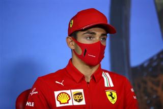 Офіційні маски Формули-1 визнали небезпечними