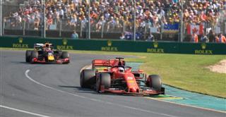 Феттель: Це не перша гонка, де Хемілтон просто намотує кола