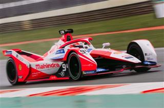 Формула Е. Лінн виграв другу гонку в Лондоні