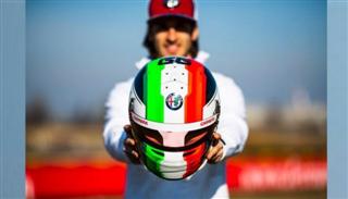 Екс-пілот Формули-2: Alfa Romeo мусить залишити Джовінацці
