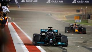 Гамілтон переміг Ферстаппена у Бахрейні, Боттас на подіумі