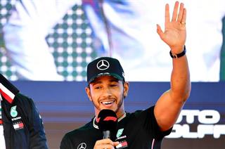 Хемілтон: Формула-1 має бути спортом справжніх чоловіків