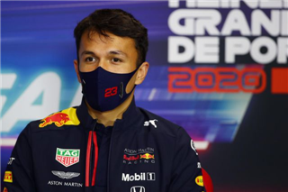 Дорнбос: Албона вже просто зжерли у Red Bull