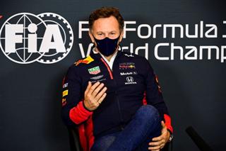 Хорнер: 23 гонки за сезон - це надто багато