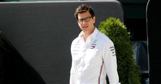 Вольфф: Не факт, що Mercedes залишиться на сезон-2021