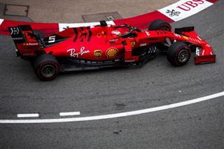 Феттель: Порівняно з Mercedes ми досі повільні