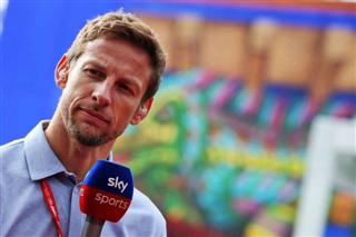 Баттон: Пілоти Ferrari мають боротися з Хемілтоном, а не між собою