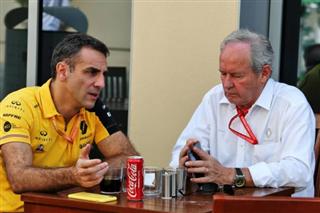 Шеф Renault: У Mercedes найслабший мотор чемпіонату