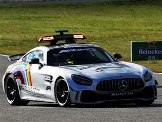Директор FIA: Ми мусили випустити на трасу машину безпеки