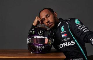 Гамілтон пояснив, чому контракт з Mercedes лише на рік