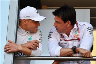 Вольфф хоче заслати Боттаса у Renault
