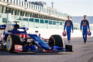 Галерея: знімальний день Toro Rosso у Мізано