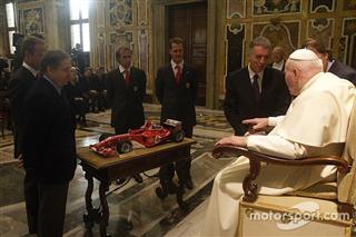 День в історії: аудієнція Ferrari у Папи Римського