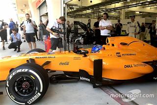 Алонсо випробує новий McLaren на передсезонних тестах Ф1 у Барселоні?