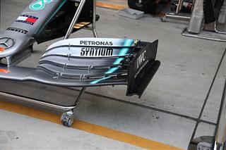 Mercedes привезла нову торцеву пластину крила в Китай