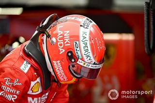 Гонщики Ferrari присвятили шоломи Лауді і Б'янкі (+ фото)