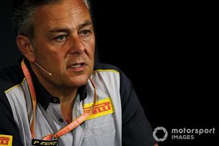 У Pirelli хочуть випробувати новий асфальт у Сільверстоуні