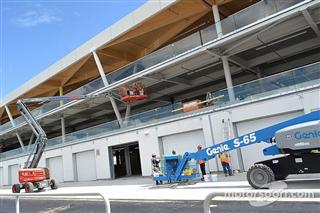 Холодна та сувора зима не завадила побудові нового паддока Ф1 в Монреалі